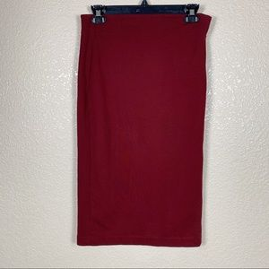 Vince Camuto maroon pencil skirt size small EUC